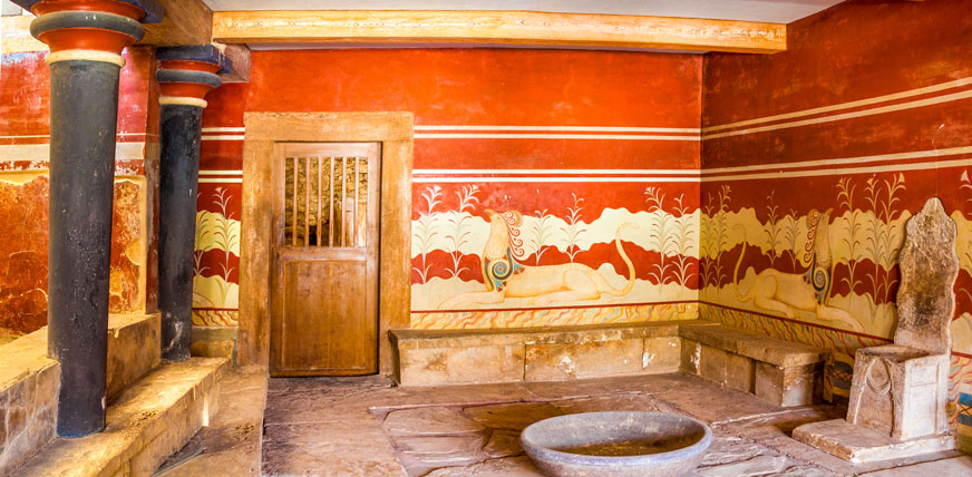 Knossos Palace City Tour and Minoan Theater from East Crete