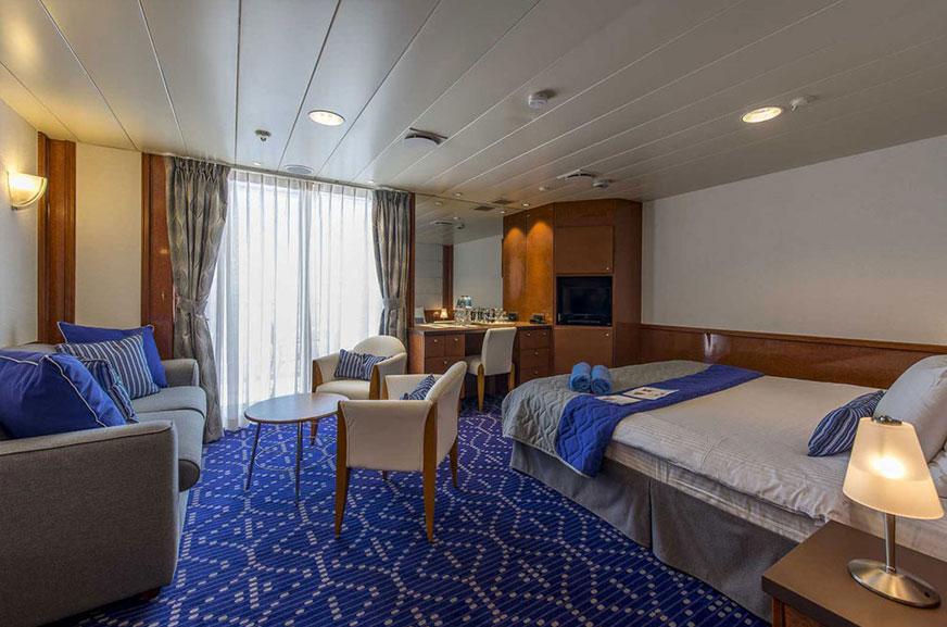 SB – Balcony Suite (HERA)